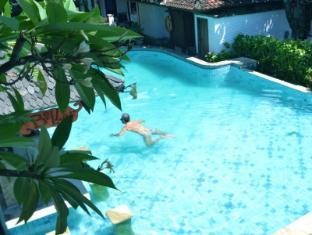 Balisani Padma Hotel Bali - Swimming Pool