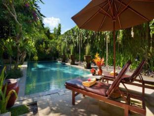 Barong Resort & Spa Bali - Swimming Pool