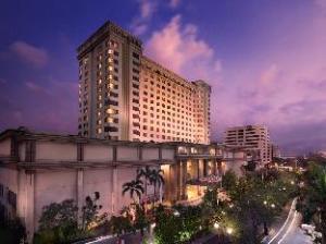 فندق لو جراندور مانجا دوا (Le Grandeur Mangga Dua Hotel)