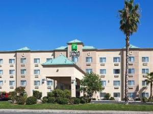 Holiday Inn Express Bakersfield