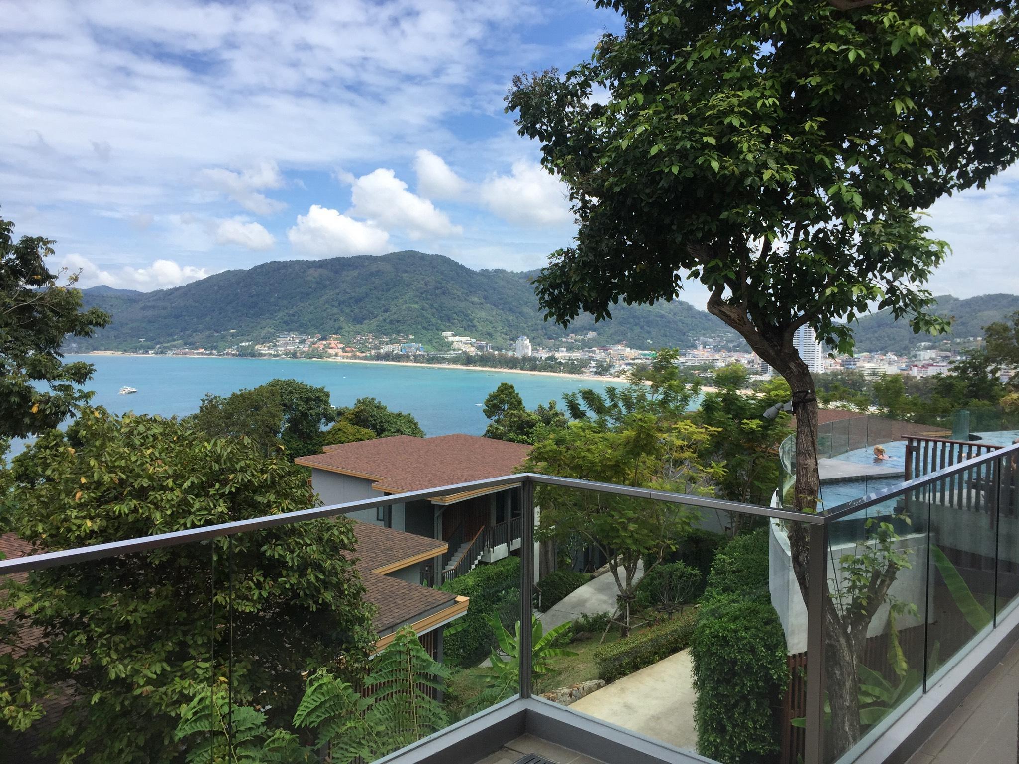 Patong Beachfront Luxury Hotel Apartment