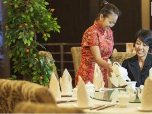 Grand Central Hotel Pekanbaru Pekanbaru - Food and Beverages