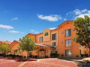 Laquinta El Paso West Hotel