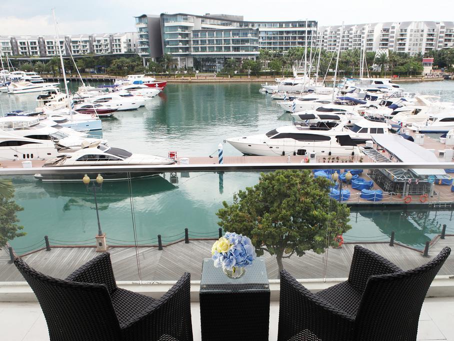 ONE15 Marina Club