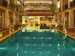 /hotel-terrace-at-kuta/hotel/bali-id.html?asq=n1YJ8Iau3QmcSfTTdMO1rKatveY4%2fpjMjnRwPr0UEzTxSVIYn0j9u8t1rIFb2EEVRjkxG%2b8T40kK2oyQrSYcjQ%3d%3d
