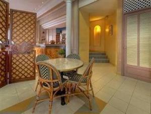 法兰西酒店 (Hotel De France)