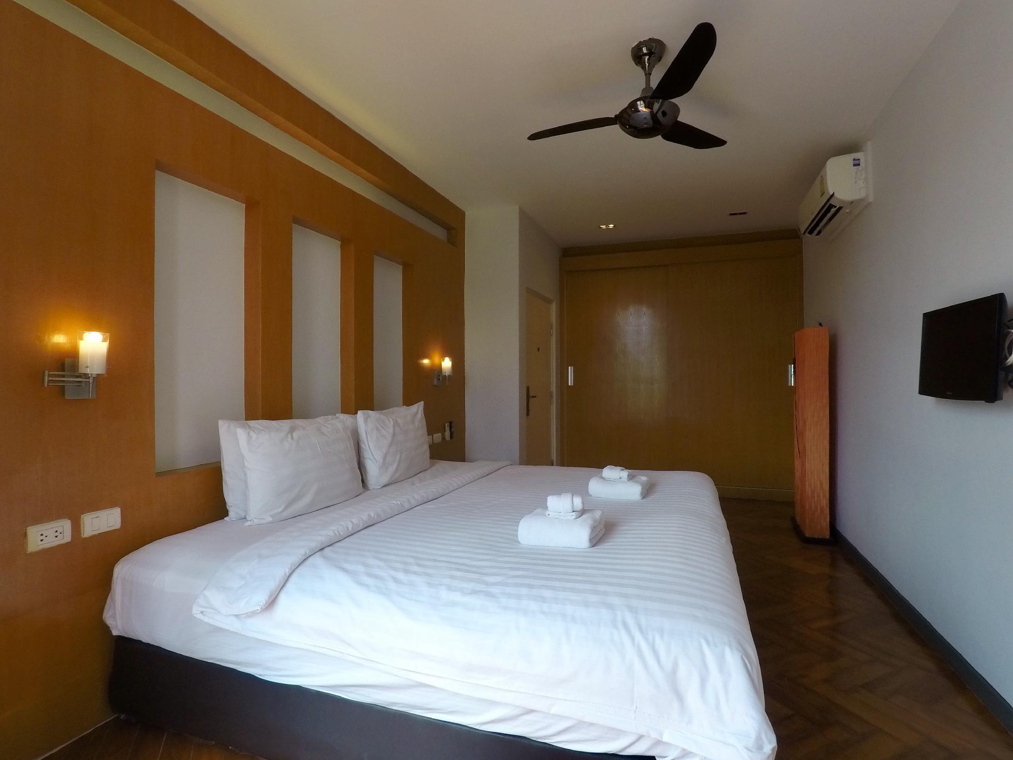 Kamala 1 Bedroom Mountain View  Icon C32