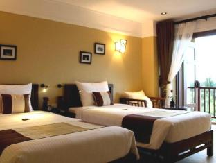 Essence Hoi An Hotel & Spa Hoi An - Family Room with Balcony