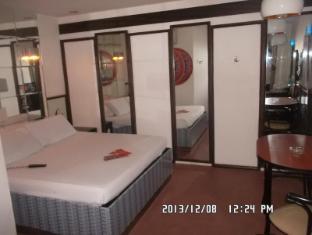 Hotel Sogo Wood Street Pasay Manila - Executive Garage
