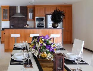 Dhevatara Residence Villa 8 -Sea view, 3 Bedroom