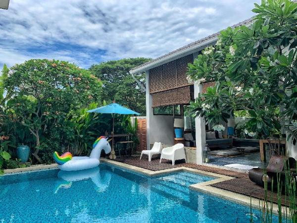 A beautiful villa with pool/Free pick up service Chiang Mai