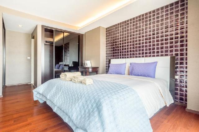 อพาร์ตเมนต์ 2 ห้องนอน 2 ห้องน้ำส่วนตัว ขนาด 110 ตร.ม. – สุขุมวิท – Modern & Luxurious[2BR]Ekkamai BTS&GateWay