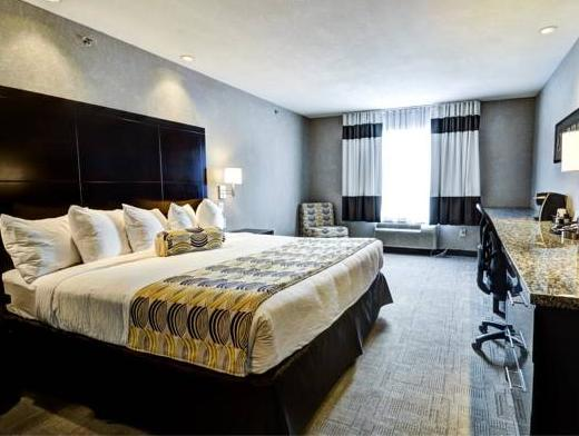 Home Inn And Suites   Swift Current