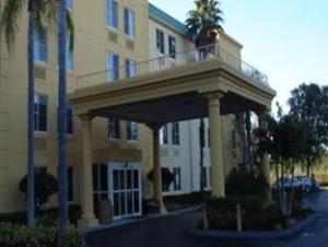 La Quinta Inn & Suites Naples East - I-75