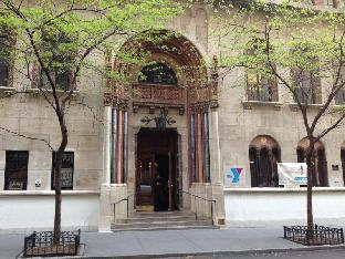 Book Now West Side YMCA (New York City, United States). Rooms Available for all budgets. Located 50 metres away from Central Park this hostel is located on Manhattan's Upper West Side just 5 minutes' walk from Columbus Circle. WiFi access is provided free of charg