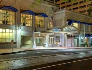Hilton Portland & Executive Tower Hotel