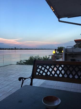 Jergun Mekong River Hometel Nakhonpanom