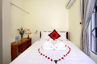 %name Hoian Central Riverside Homestay Hoi An