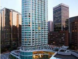 โรงแรมมาริออท พินนาเคิล (Marriott Pinnacle Hotel)