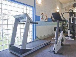 Howard Johnson Hotel - Victoria Victoria (BC) - Fitness Room