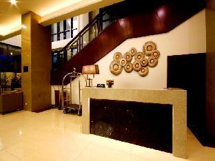 picture 4 of Mandarin Plaza Hotel