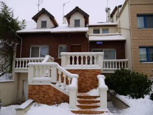 /sabine-house/hotel/les-lilas-fr.html?asq=jGXBHFvRg5Z51Emf%2fbXG4w%3d%3d