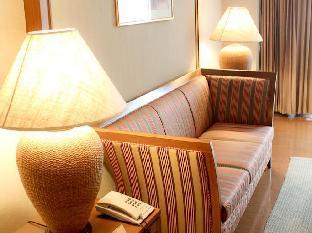 サラヤ パビリオン ホテル Salaya Pavilion Hotel