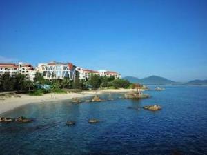 Wuzhizhou Coral  Hotel