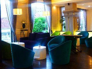 M - Regency Hotel