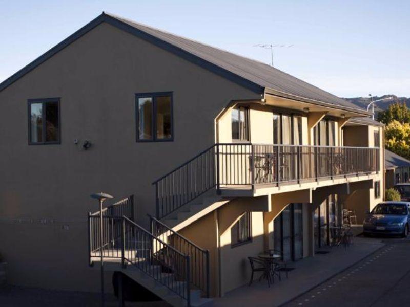Asure Avenue Motel