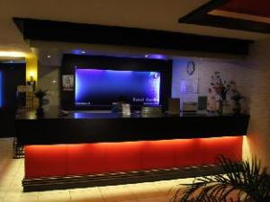 Hotel Camila 1