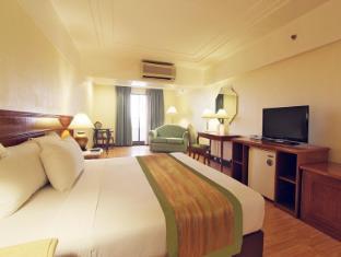 Atrium Hotel Manila - Guest Room