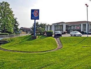 /el-gr/motel-6-lexington-east/hotel/lexington-ky-us.html?asq=jGXBHFvRg5Z51Emf%2fbXG4w%3d%3d
