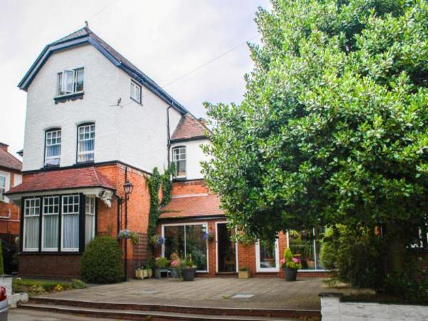 Elmdon Lodge Birmingham