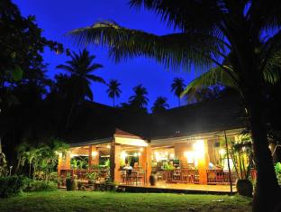 Baan Mai Cottages and Restaurant Phuket - Hotelli välisilme