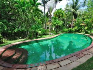 Baan Mai Cottages and Restaurant Phuket - Bassein