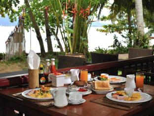Baan Mai Cottages and Restaurant Phuket - Mat og drikke
