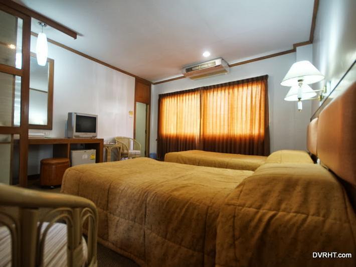 Dhevaraj Hotel โรงแรมเทวราช