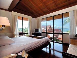 Baiyoke Seacoast Samui Samui - Deluxe Pavilion King Size bed