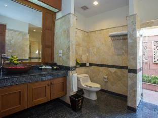 Baiyoke Seacoast Samui Samui - 1 Bedroom bathroom with outdoor shower