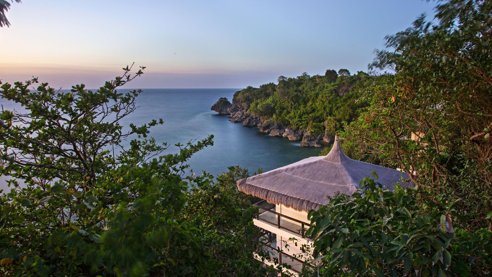 Oceans Edge Resort   Carabao Island