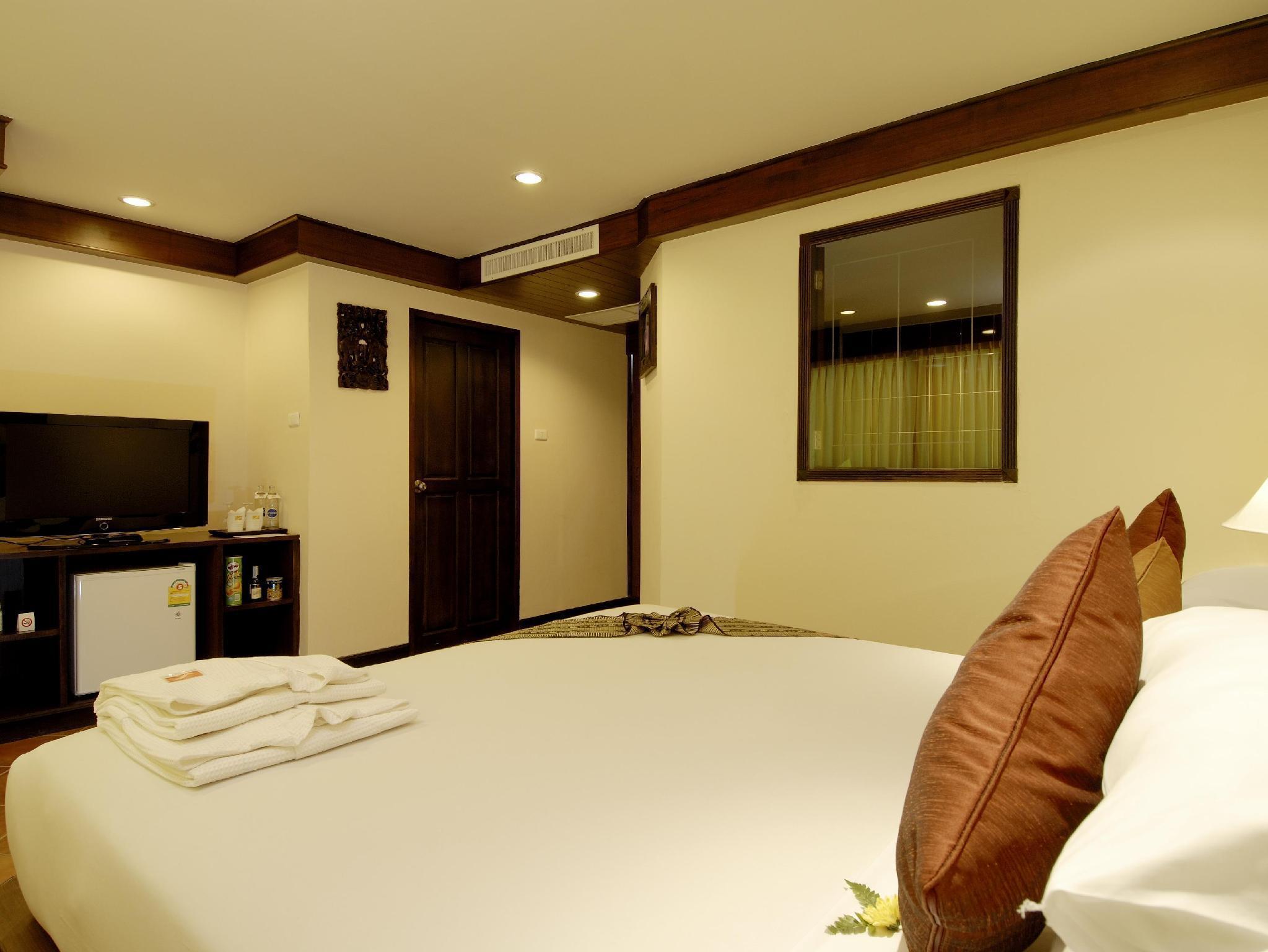 Karon Sea Sands Resort กะรน ซี แซนด์ รีสอร์ท