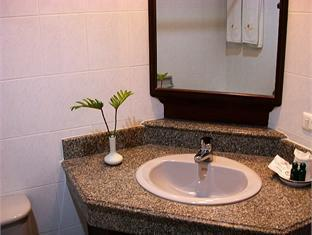 Patong Villa Hotel Phuket - Bathroom