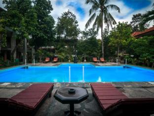 Melasti Kuta Bungalows and Spa Bali - Swimming Pool