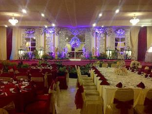 Satelit Hotel Surabaya - Ballroom