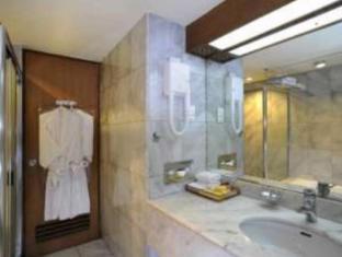 Elmi Hotel Surabaya - Kupaonica