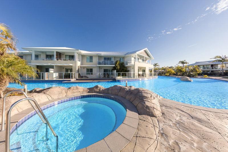 Oaks Pacific Blue Hotel