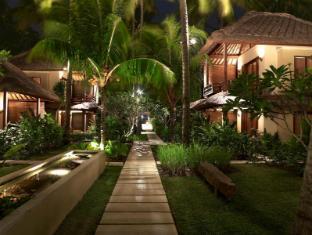 Qunci Villas Hotel Lombok - Surroundings