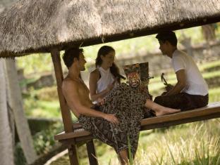 Kamandalu Ubud Resort Bali - Gamelan Lesson
