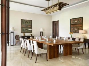 Kamandalu Ubud Resort Bali - Board Meeting Room